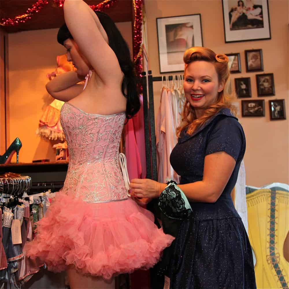 Virtual corset fitting