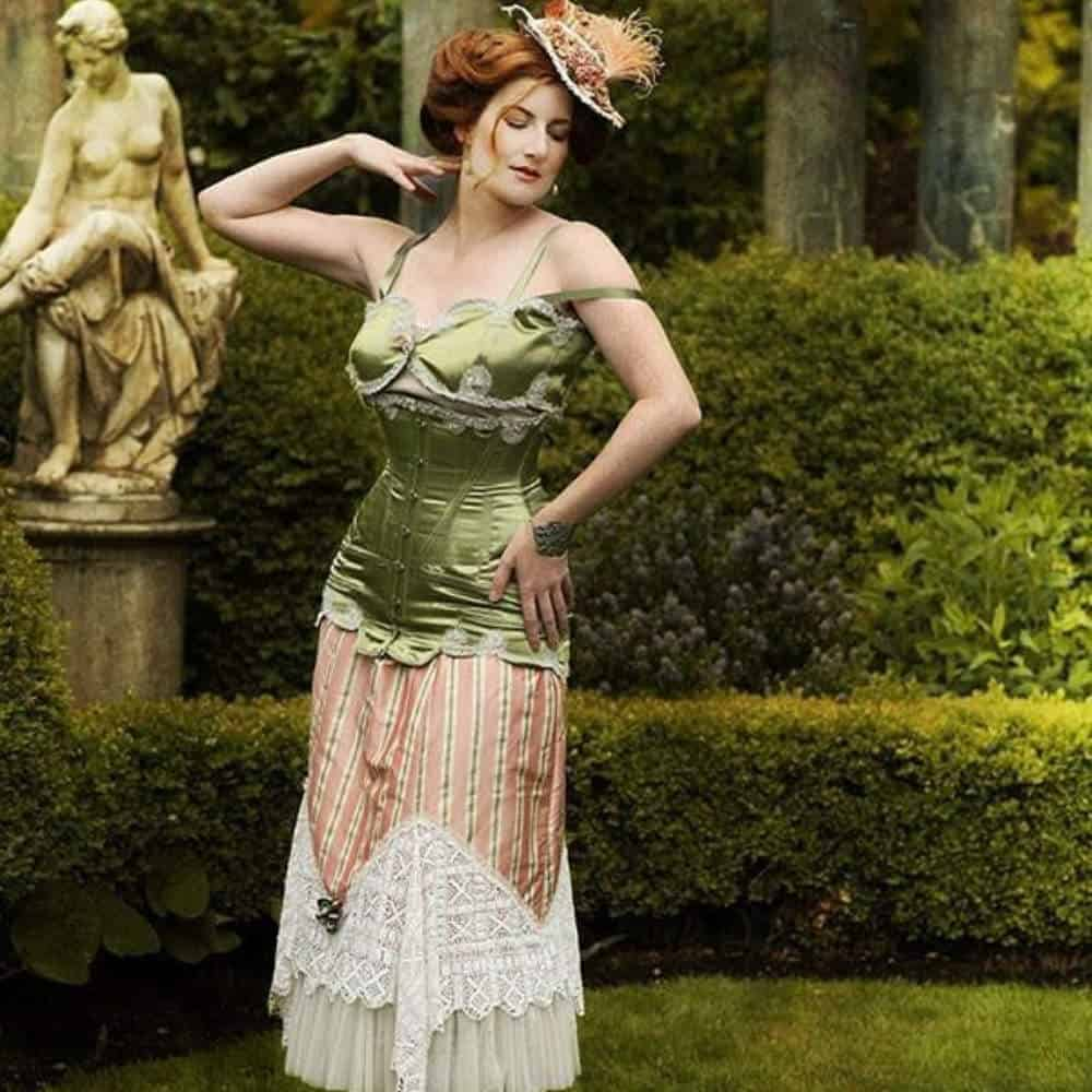 Travelling the world for corsets
